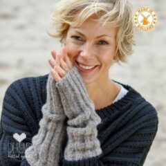 Zandkleurige De Reuver Knitted Fashion ARMWARMERS 100% NEDERLANDS (573)