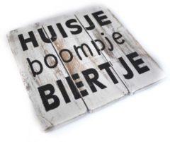 Naturelkleurige Hetfamiliehoekje.nl Wandbord Huisje Boompje Biertje - 20x20 cm - Naturel