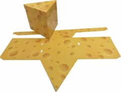 "Gele Presentdoosjes.nl Presentdoosje ""kaas"" driehoek met deksel: 19 x 19 x 16cm (10 stuks)"