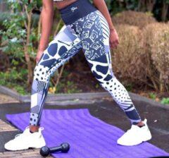 Witte Pfeka Yoga broek / legging met print en patronen geïnspireerd op Afrika