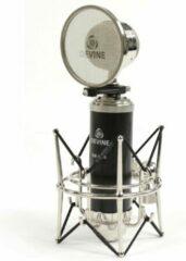 De Devine BM-1000 is een bijzonder vormgegeven studiomicrofoon. Hij is zowel dynamisch als in condensator-modus te gebruiken. Deze microfoon wordt geleverd met shockmount, popfilter en XLR naar 3.5 mini-jack kabel.