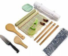 Lichtblauwe Beckenbau Sushi set | Sushi Kit | Sushi Maken | Sushi Bazooka | Sushi Mat | Sushi Rolmat | All In One Sushi Maker | Sushi | 14-delig | Sushi Roller | Bamboe | Incl. 3 Chopsticks, Sushi Mes en Dipbakje | Zelf Sushi Maken | Sushi Roll | Sushi to