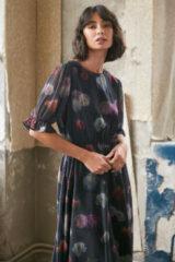 NA-KD Trend Chiffonjurk Met Bloemenprint En Korte Mouwen - Multicolor