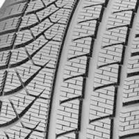 Universeel Pirelli Winter pzero xl 245/40 R18 97V