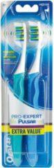 Blauwe Oral-B Pro-Expert Pulsar 35M - 2 stuks - Tandenborstel - Handtandenborstel