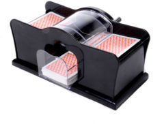 Zwarte Engelhart Longfield Games Kaartschudmachine
