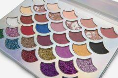 Paarse Mvr cosmetics Eyeshadow Palette mermaid | 32 kleuren