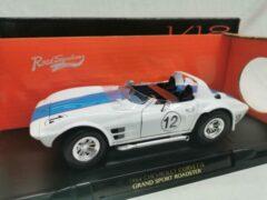 Lucky Die Cast Chevrolet Corvette Grand Sport Roadster 1964 #12 Wit 1-18 Lucky Diecast