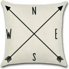 Creme witte By Javy Arrow - NESW - Kussenhoes - 45x45 cm - Sierkussen - Polyester