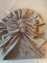 Babygifts4you baby Tulband turban strikken geschikt voor 6 tot 18 maanden grijs