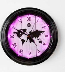 Klok - Klokken - Wereldkaart - LED - Ledverlichting - Roze - Pink - Decoratie - Wanddecoratie - Wand klok - Mancave decoratie - Led klok Cave & Garden