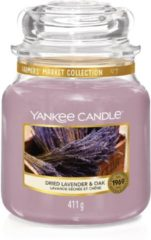 Paarse Yankee Candle Medium Jar Geurkaars - Dried Lavender & Oak