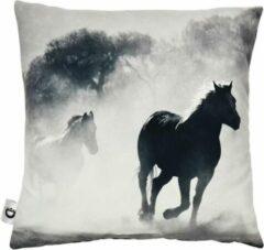 Decolenti | Paarden Sierkussenhoes | Horses Silhouettes Kussen | Zwart | Wit | Wasbaar | Decoratie | 45cm x 45cm