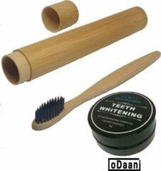Activated Organic Charcoal 30 Gram - Inclusief Bamboe Tandenborstel - Met Bamboe Reisdoosje - Zwart - Milieuvriendelijk - Recyclebaar - oDaani
