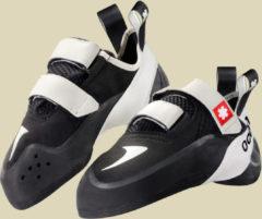 Ocun Rebel QC Kletterschuhe Größe UK 7 schwarz/weiß