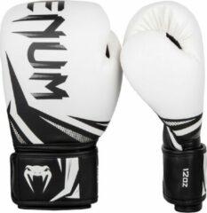 Venum (kick)bokshandschoenen Challenger 3.0 Wit/Zwart 12oz