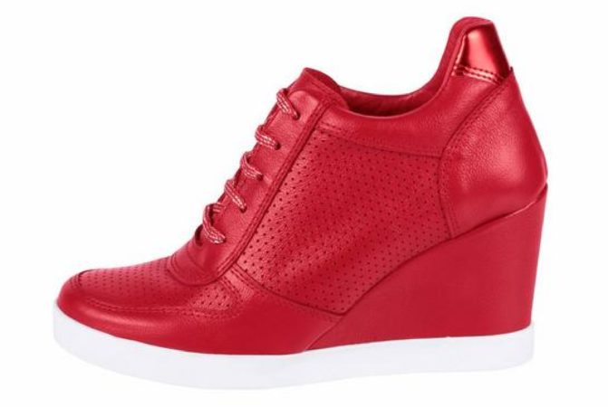 Afbeelding van Rode Sneakers met sleehak