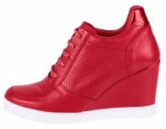 Rode Sneakers met sleehak