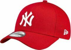 Rode New Era 39THIRTY LEAGUE BASIC New York Yankees Cap - Red - M/L