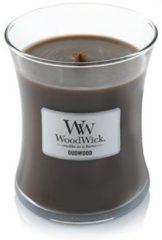 Bruine WoodWick medium candle Oudwood