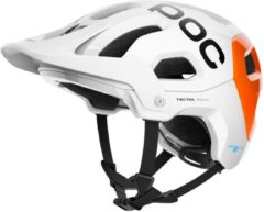 Witte POC Tectal Race SPIN NFC Fietshelm - Maat XL/XXL - Hydrogen White/Fluorescent Orange AVIP Tectal Race SPIN NFC