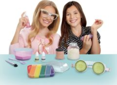 MGA Project MC2 Slumber Party Science Kit // 5 (5561744)
