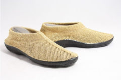 Plumex 2250 gebreide schoenen goud