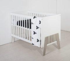 Grijze Bebies First - Babykamer Yazz - Ledikant -Grijs