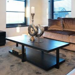 Richmond Interiors Richmond Salontafel 'Oakura' Eikenhout en Staal, kleur Zwart, 140 x 65cm