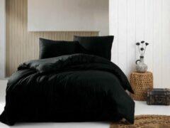 Deco Milano, Dekbedovertrek,Zwart, hoog kwaliteit 100% Katoensatijn, 200 X 220 2X kussenslopen, gestreept satijnstof.