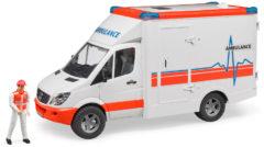 Rode Bruder 02536 - Mercedes-Benz sprinter ambulance met bestuurder - Speelset