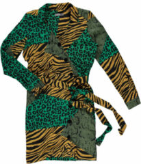 Groene Geisha 97765-20 240 jurk aop bias closure mustard/green combi geel