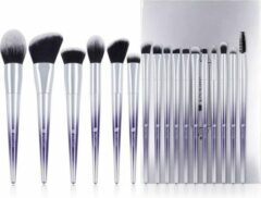 Dermarolling 17-Delige Make Up Kwasten Set R1701