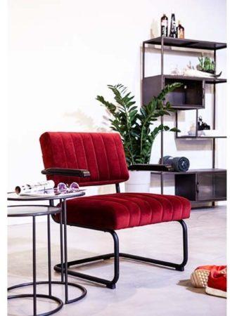 Afbeelding van By-Boo Operator Loungestoel - Rood Fluweel - Zwart Metalen Sledeframe