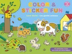 Color & sticker fun - lieve dieren (vanaf 3 jaar) / color & sticker fun - les gentils animaux (dès 3 ans)