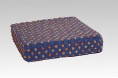 Sitzkissen Sitzerhöhung Aufstehhilfe Wolle Noppen blau 40x40x10 cm Linke Licardo blau