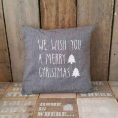 Grijze Maison Marcella Kussenhoes tekst kerst We wish you a Merry Christmas kussensloop kussen maat 50x50 cm