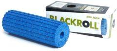 Blauwe Blackroll Mini Flow Foam Roller 15 cm Blue