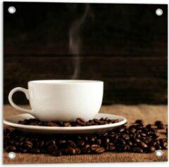 Beige KuijsFotoprint Tuinposter – Kopje Koffie met Koffiebonen - 50x50cm Foto op Tuinposter (wanddecoratie voor buiten en binnen)
