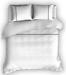Romanette Duchesse - Flanel - Dekbedovertrek - Tweepersoons - 200x200/220 cm + 2 kussenslopen 60x70 cm - Wit/Zwart