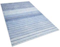 Beliani Vloerkleed lichtblauw 140 x 200 cm laagpolig YARDERE