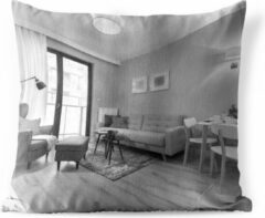 PillowMonkey Sierkussen Appartementvoor buiten - Woonkamer in appartement in zwart-wit - 45x45 cm - vierkant weerbestendig tuinkussen / tuinmeubelkussen van polyester