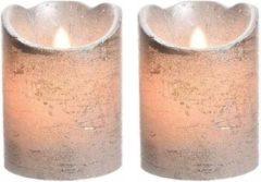 Merkloos / Sans marque 2x LED kaarsen/stompkaarsen zilver 10 cm flakkerend