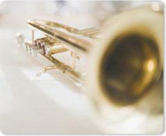MousePadParadise Muismat Trompet - Een goudkleurige trompet muismat rubber - 23x19 cm - Muismat met foto