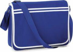 Blauwe Bagbase Retro Schoudertas Bright Royal/White 12 Liter