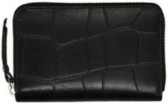 Zwarte LouLou Essentiels Vintage Croco Wallet XS black II Dames portemonnee