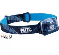 Petzl Tikkina Eenvoudige hoofdlamp met bereik van 50 meter Blauw
