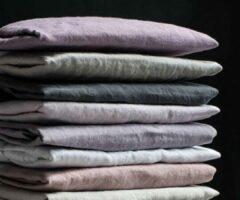 Zandkleurige Passion for Linen Luxe hoeslaken Maxime 100% linnen, 90 x 200 cm, zand