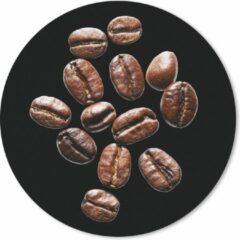 MousePadParadise Muismat Koffieboon - Gebrande koffiebonen in een studio licht tegen zwarte achtergrond Muismat rond - 30x30 cm - Muismat met foto