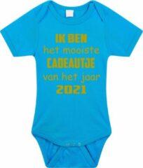 Merkloos / Sans marque Baby rompertje met leuke tekst | Ik ben het mooiste cadeautje van het jaar 2021 |zwangerschap aankondiging | cadeau papa mama opa oma oom tante | kraamcadeau | maat 56 blauw goud